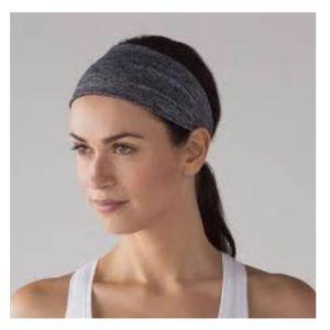 *NWT Lululemon Headband, blue and black